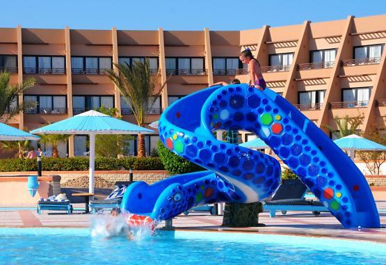 t1-pharaoh-azur-resort-232687.jpg