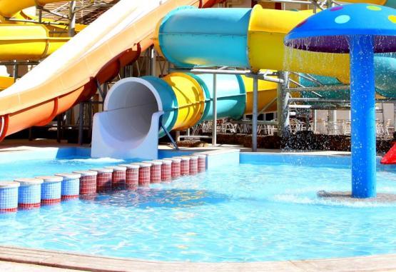 t1-king-tut-aqua-park-beach-resort-232763.jpg