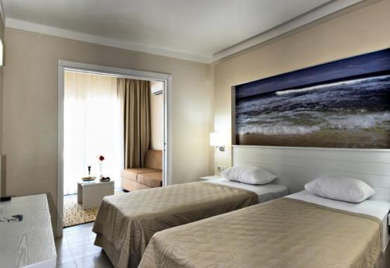 t1-batihan-beach-resort-spa-233928.jpg