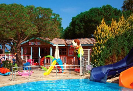 t1-batihan-beach-resort-spa-233934.jpg