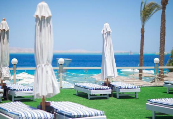t1-minamark-beach-resort-241621.jpg