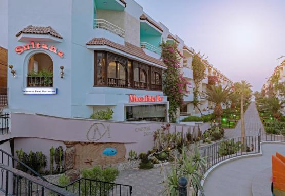 t1-minamark-beach-resort-241631.jpg