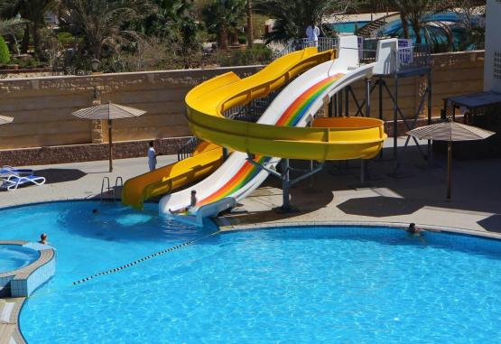 t1-palm-beach-resort-243215.jpg