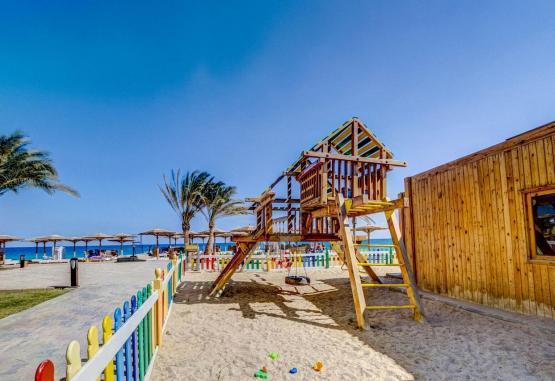 t1-palm-beach-resort-243216.jpg
