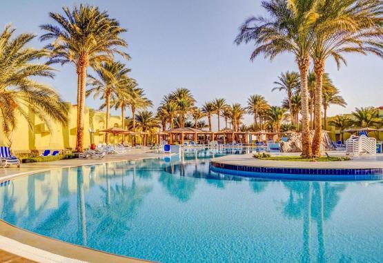 t1-palm-beach-resort-243218.jpg