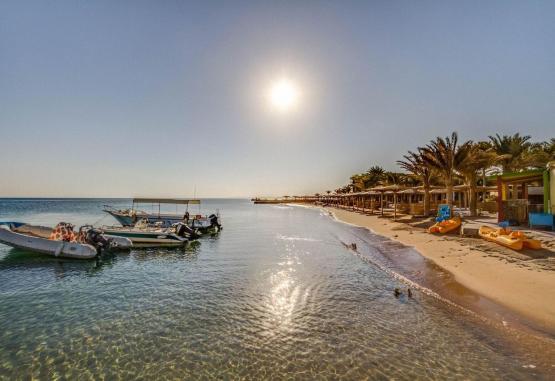 t1-palm-beach-resort-243219.jpg