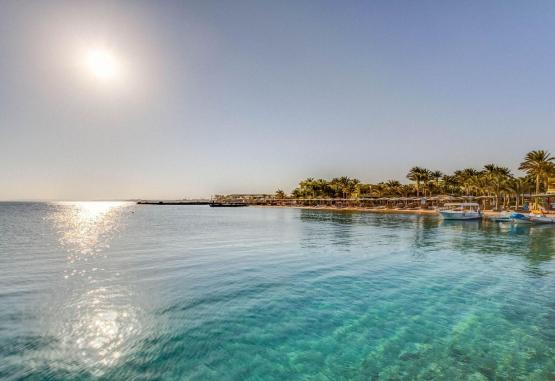 t1-palm-beach-resort-243220.jpg