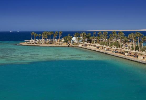 t1-arabia-azur-resort-246115.jpg
