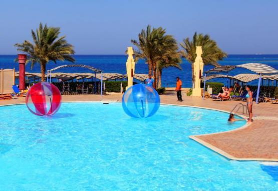 t1-sphinx-aqua-park-beach-resort-244968.jpg
