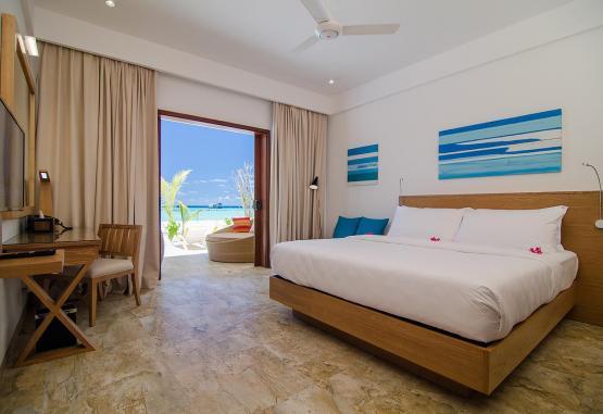 t1-summer-island-maldives-resort-256655.jpg