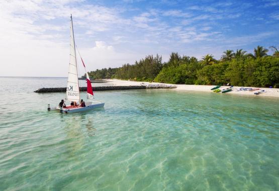t1-summer-island-maldives-resort-256657.jpg