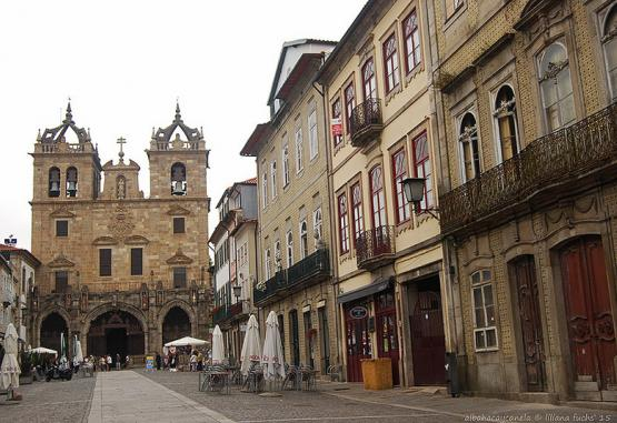 t1-marele-tur-al-portugaliei-si-santiago-de-compostela-179365.jpg