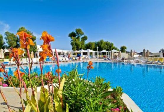 t1-one-resort-aqua-park-257649.jpg