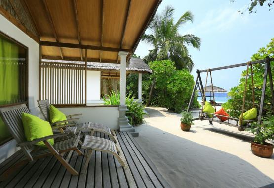 t1-reethi-beach-resort-265018.jpg