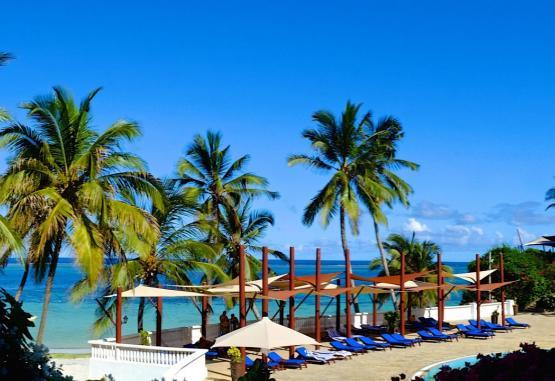 t1-voyager-beach-resort-268011.jpg