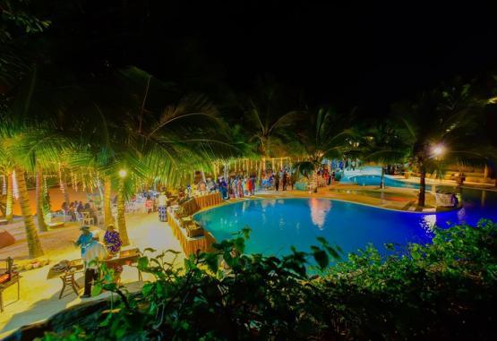 t1-swahili-beach-resort-268076.jpg