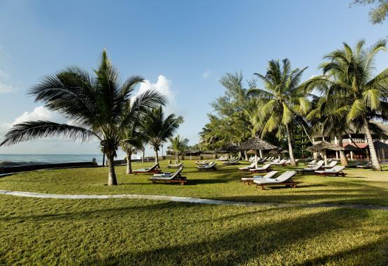 t1-neptune-palm-beach-resort-268113.jpg
