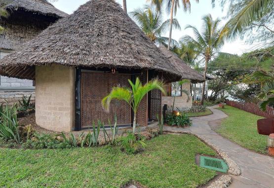 t1-baobab-beach-resort-268127.jpg