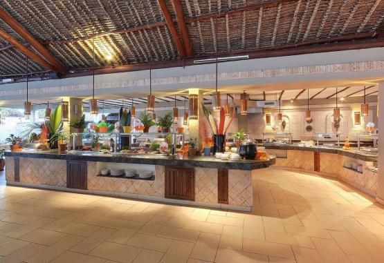 t1-baobab-beach-resort-268128.jpg