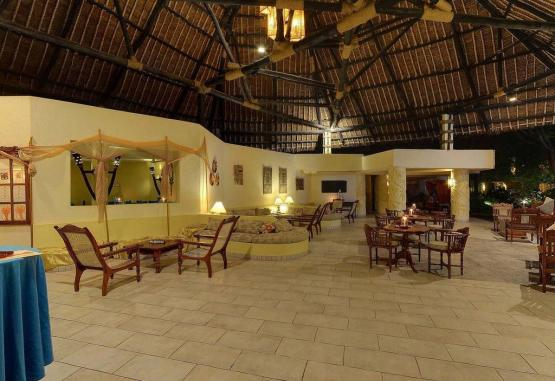 t1-baobab-beach-resort-268132.jpg