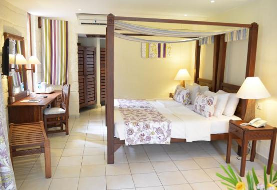 t1-baobab-beach-resort-268137.jpg