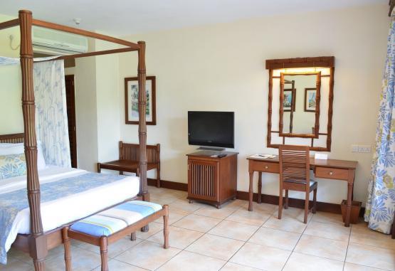 t1-baobab-beach-resort-268139.jpg