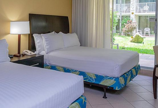 t1-holiday-inn-resort-montego-bay-273291.jpg