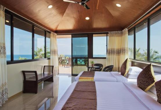 t1-hotel-arena-beach-214918.jpg