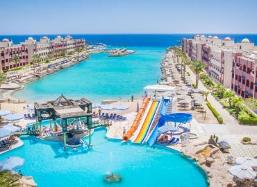 Sunny Days Resort Spa